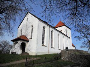 1429 wurde die Kirche von Hussiten zerstört und danach in größerem Umfang wieder aufgebaut.