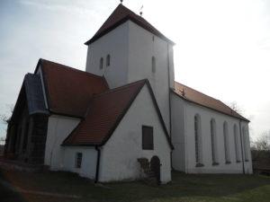1945 wurde die Kirche durch einen Bombenabwurf beschädigt und 1949 wieder aufgebaut.