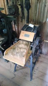 Eine Rosshaarzupfmaschine