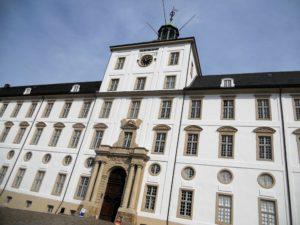 Vor 850 Jahren war Schloss Gottorf eine mittelalterliche Wasserburg.