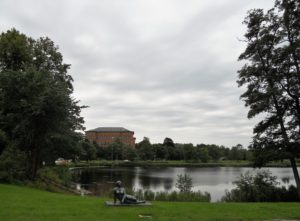 Der Blick auf den Burgsee