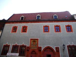 Die ehemalige Domprobstei befindet sich schräg gegenüber des Domes.