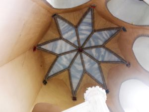 Die Decke des hohen Turmes