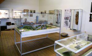 ... vor allem Exponate zur Geschichte der Stadt in einer Dauerausstellung.