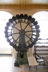 Radklebepresse mit 24 Pressstellen, um 1940, Modell: Usurpator