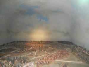 """Das Diorama der """"Schlacht bei Lützen, 06.11.1632"""" fertigte der Weißenfelser Pädagoge und Lehrer Max Brauer. Es umfasst 10.000 Zinnfiguren. Max Brauer benötigte 20 Jahre für die Aufstellung. Dioramen mögen etwas altbacken und auf den ersten Blick langweilig wirken. Aber sie sind sehr gut dafür geeignet, sich die Dimension und den Verlauf von solchen historischen Ereignissen vor Augen zu führen."""
