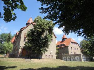Im linken Gebäude des ehemaligen Gefängnisses befindet sich das Heimatmuseum. Im rechten Gebäude des ehemaligen Amtsgerichtes befindet sich heute ein Mehrgenerationenhaus mit Kindertagesstätte und Stadtbibliothek.
