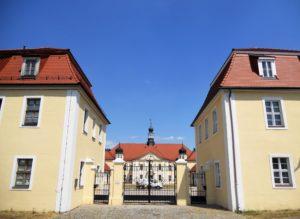 Der komplette Schlossbau wurde erst um 1732 fertiggestellt. Als Baumeister gilt Hermann Korb, welcher sonst hauptsächlich im Herzogtum Braunschweig-Wolfenbüttel tätig war.