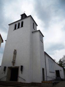 Kath. Kirche Heilige Familie 1957 erbaut