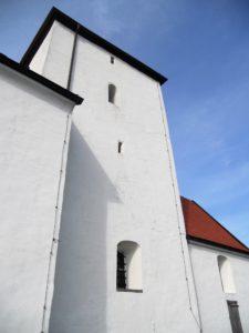 Bergkirche/Wehrkirche, 1280 urkundlich erwähnt, 1429 niedergebrannt und danach wieder aufgebaut
