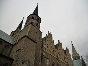 Dom St. Johannes & St. Laurentius 1015-1021 erbaut