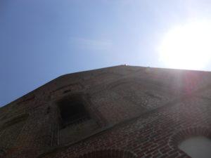 Dorfkirche mit dem schiefsten Turm der Welt im 13. Jahrhundert erbaut 1450 Turmbau und Verkürzung des Kirchenschiffs