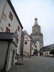 Auf dem Schlosshof