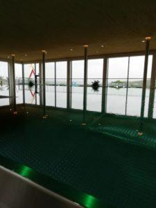 Der Pool mit Panoramablick