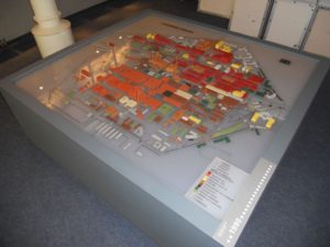 Im Museum findet sich auch ein Modell der ehemaligen Filmfabrik.
