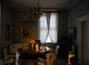 Das Arbeitszimmer der Königin Amalie Auguste (1801-1877). Das Zimmer gehörte zu den Privaträumen der Königin.