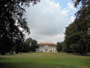 Das Schloss von der Parkseite aus gesehen