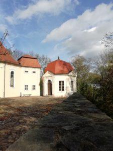 Teepavillon im Schlosshof